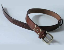 HANDMADE LEATHER BELTS ~ LOWLAND ~ 1.5 inch BROWN OAK BARK TANNED LEATHER BELT WITH SOLID BRASS BUCKLE.