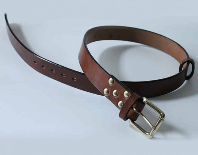 HANDMADE LEATHER BELTS ~ LOWLAND ~ 1.5 inch (3.8cm) BROWN OAK BARK TANNED LEATHER BELT WITH SOLID BRASS BUCKLE.