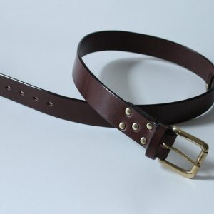 Handmade English bridle leather belt ~ Lowland ~ 1.5 inches wide ~ dark brown oak bark tanned leather with a heavy solid brass buckle.