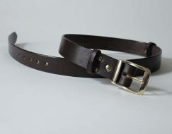 BESPOKE LEATHER BELTS ~ GLEN ~ 1.5 inch (3.8cm) DARK BROWN VEGETABLE TANNED LEATHER WITH A HEAVY SOLID BRASS BUCKLE.