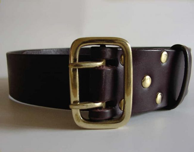 MILITARY STYLE HANDMADE LEATHER BELT ~ FINDHORN ~ 1.75 inch (4.5cm) BROWN VEGETABLE TANNED LEATHER BELT WITH A HEAVY SOLID BRASS BUCKLE.